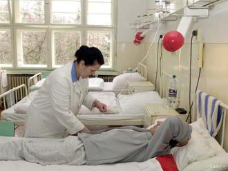 Pacientov majú liečiť všade rovnako, ministerstvo pripravuje štandardy