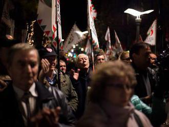 Jobbik zvolal mimoriadne predsedníctvo, hrozí mu neúčasť vo voľbách