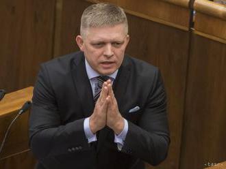 FICO: Želám si, aby M. Maďarič ostal ministrom