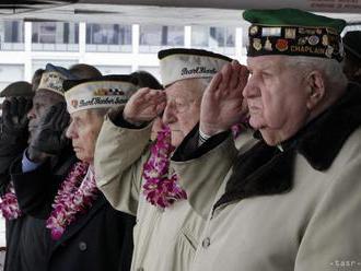 Američania si pripomínajú 76. výročie útoku na Pearl Harbor
