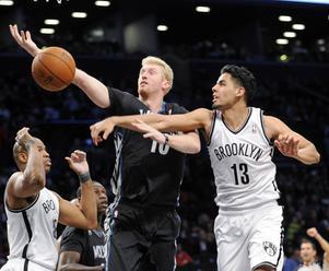 NBA: Brooklyn vyhral v Mexico City nad Oklahomou o päť bodov