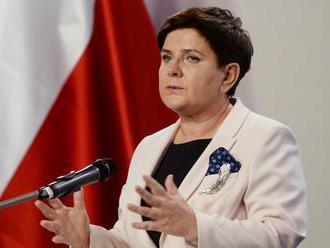 Vláda premiérky Szydlovej prežila hlasovanie o dôvere