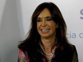 Sudca požiadal senátorov, aby povolili zatknutie argentínskej exprezidentky Cristiny Fernándezovej