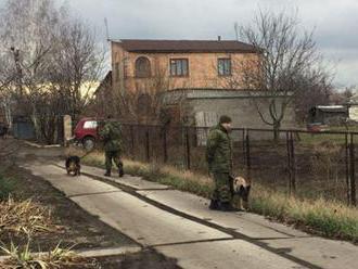 V Doneckej oblasti, na území kontrolovanom ukrajinskou armádou, beštiálne zavraždili príbuzných kmot