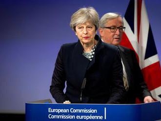 Británia a Európska komisia dosiahli prvý prelom v otázke brexitu