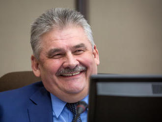 Richter chce zostať ministrom, v Smere hľadajú manažéra