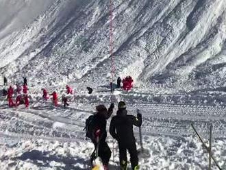 Vo Vysokých Tatrách lavína zabila človeka