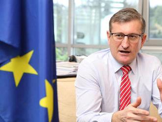 Kiska udelil končiacemu šéfovi Eurokomisie na Slovensku medailu za príkladnú činnosť