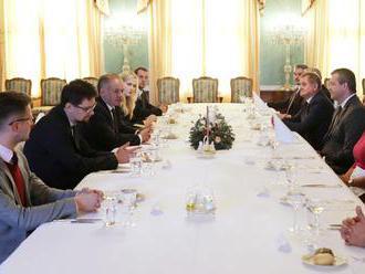 Kiska sa stretol so županmi, diskutovali aj o budúcnosti krajiny