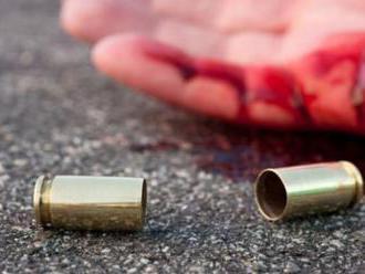 Opitý muž v hurbanovskom bare postrelil čašníčku, zastrelil jej priateľa a spáchal samovraždu