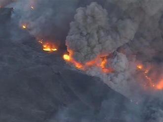Inferno v Kalifornii, masívne požiare ničia krajinu. Evakuovali aj celebrity