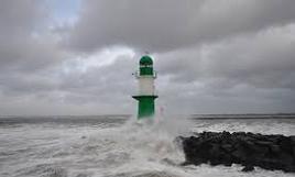 Současná bouře Doris v Anglii zabíjela a postupuje, na Česko míří orkán!