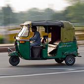 Cestování po Indii a Nepálu: doprava, smlouvání a placení
