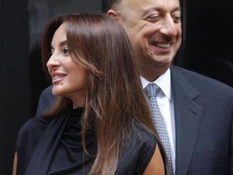 Azerbajdžanská Evita istí dynastiu