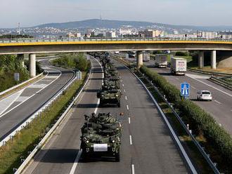 Cez naše územie sa bude presúvať armáda USA. Minister Gajdoš upokojuje Slovákov