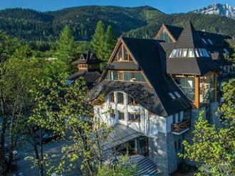 Exkluzívny 4  hotel Crocus pod tatranskými štítmi v Zakopanom s polpenziou a wellness.