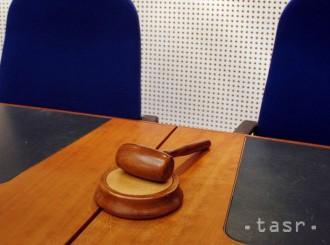 Kvôli poplašnej správe o bombe na súde polícia obvinila Košičanku