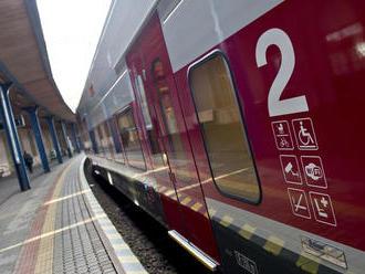 Vlakom do Košíc 160-kou? Vzdialená vízia štátu sa zdá Bruselu niekde neefektívna