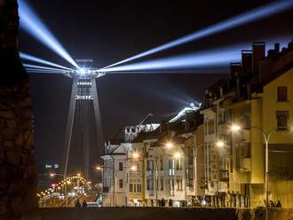 Nočný život v centre Bratislavy zostane, miestni poslanci schválili nové pravidlá