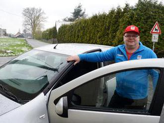 Ota Zaremba slaví 60. narozeniny: Slavný vzpěrač si koupil třinácté auto a musí na operaci