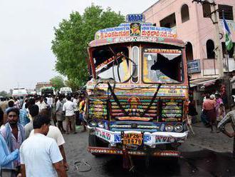 Kamion najel do lidí a pustil do nich proud: 20 mrtvých i desítky zraněných