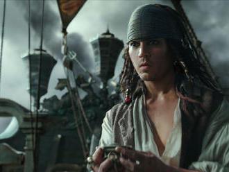 Filmové premiéry: Depp a Bardem v Pirátoch z Karibiku aj Tanečnica