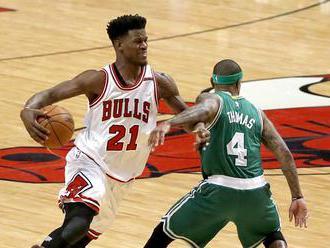 Butlerovi se z Chicaga nechtělo, Bulls ho vyměnili a ušetří miliony