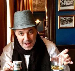 Teď už chápu, proč mi chutná pivo i whisky, přiznal Martin Dejdar