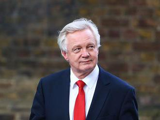 Davis: EÚ a Britániu viac vecí spája, než rozdeľuje