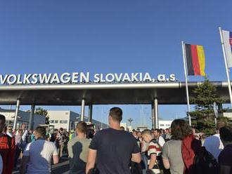 Vo Volkswagene sa začal prvý štrajk v histórii závodu