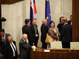 Bugár stojí pred kľúčovým rozhodnutím: Poslanci dnes rozhodnú o novom šéfovi RTVS
