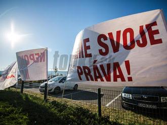 Štrajk vo VW na mŕtvom bode: VIDEO Zamestnanci chcú bojovať až do konca