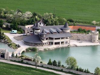 Najznámejšia čierna stavba na Slovensku: Super vilu čaká veľká zmena