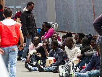 Schengenský priestor v ohrození: Taliani strácajú trpezlivosť s migrantmi. Chcú použiť krajné riešen
