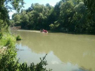 VODNÝ MLYN: Z vody sa nevynorilo 16-ročné dievča, pátranie pokračuje