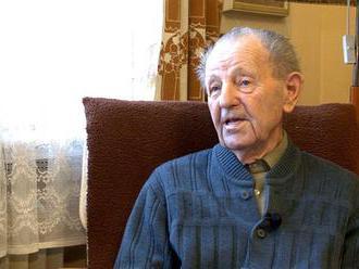 FOTO VNÚTRI Komunistický papaláš Miloš Jakeš má 95 rokov: Pozrite sa, takto si užíva na dôchodku!