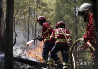 Portugalsko žiada o pomoc pri hasení stoviek lesných požiarov
