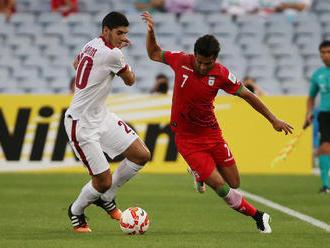 Iránski futbalisti hrali proti tímu z Izraela, zväz ich preto vylúčil z reprezentácie