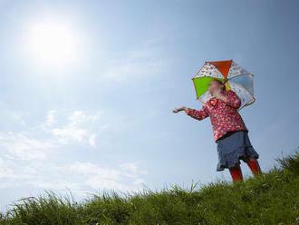 Leto svoje žezlo z rúk nepúšťa: PREDPOVEĎ počasia, Slováci pripravte sa na stúpajúce teploty