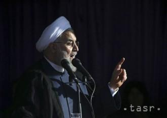 Iránsky prezident Rúhání pozýva Američanov na 'večeru'
