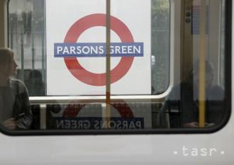 Britská polícia zatkla druhého muža podozrivého z útoku v metre