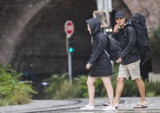 Slovensko potrápi dážď, na horách sa miestami očakáva silný vietor