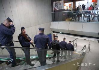 Poplach na parížskom letisku bol falošný, oznámila francúzska polícia