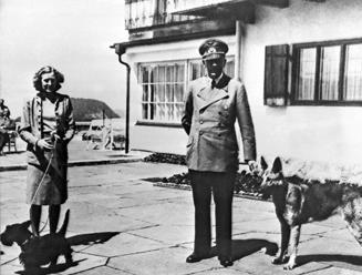 Zomrel nemecký architekt Speer, jeho otec bol Hitlerovým ministrom
