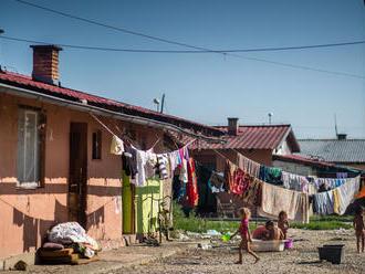 V posudku o Rómoch píšu, že majú mentalita romica. Advokát sa pýta, čo sú to za termíny
