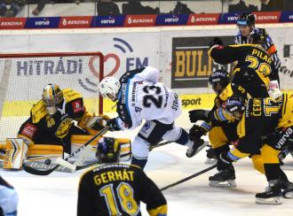 Vedoucí Plzeň nastoupí v hokejové extralize na ledě Litvínova
