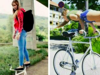 Sličná slečna v minišortkách ukazuje, že umí jezdit lépe na kole než vy