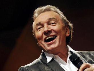 Spevák Gott popiera, že by pred voľbami vyjadril podporu Zemanovi