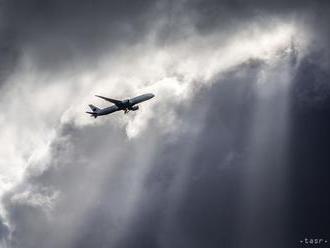 Na letisku pri Čiernom mori zišlo z dráhy lietadlo