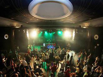 V španielskom nočnom klube sa zrútil strop, zranilo sa 26 ľudí